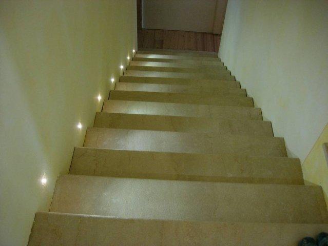 Settori di installazione sistemi di sicurezza - Illuminazione scale a led ...